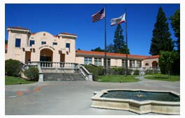 mendocino_city_hall